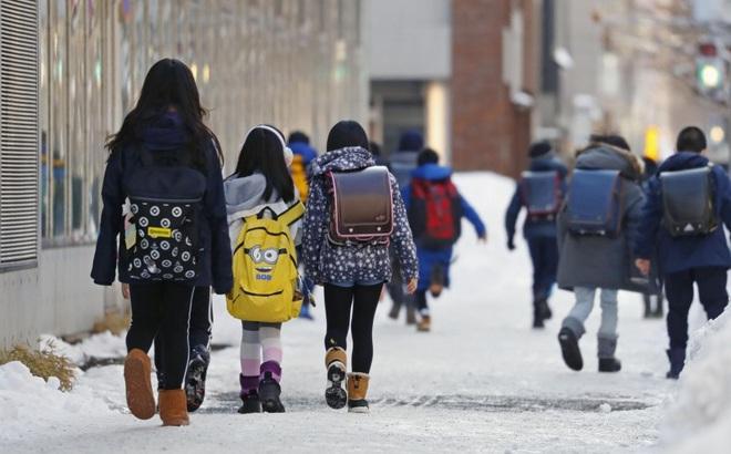 Hokkaido trở thành ổ dịch lớn nhất Nhật Bản, TT Abe đề nghị đóng cửa trường học