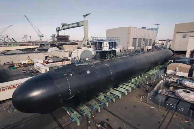 Siêu tàu ngầm hạt nhân Mỹ mới hạ thủy đã bị nước biển lột vỏ - ảnh 14