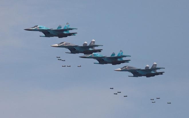 Thổ thẳng tay ném bom: KQ Nga cất cánh dồn dập - QĐ Syria sẽ phản đòn, điều lo sợ sắp đến? - Ảnh 5.