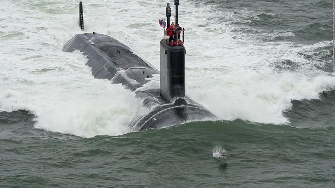Siêu tàu ngầm hạt nhân Mỹ mới hạ thủy đã bị nước biển lột vỏ - ảnh 21