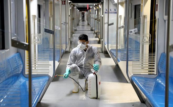 Giao thông 'điêu đứng' giữa cơn khủng hoảng coronavirus