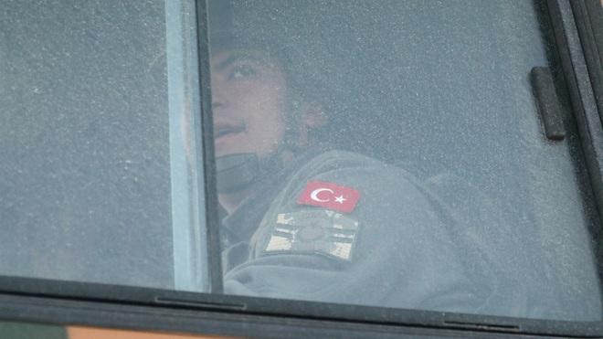 Syria không kích ác liệt, ít nhất 33 binh sĩ TNK thiệt mạng - TT Erdogan họp khẩn, đặt tất cả mục tiêu QĐ Syria vào tầm ngắm - Ảnh 1.