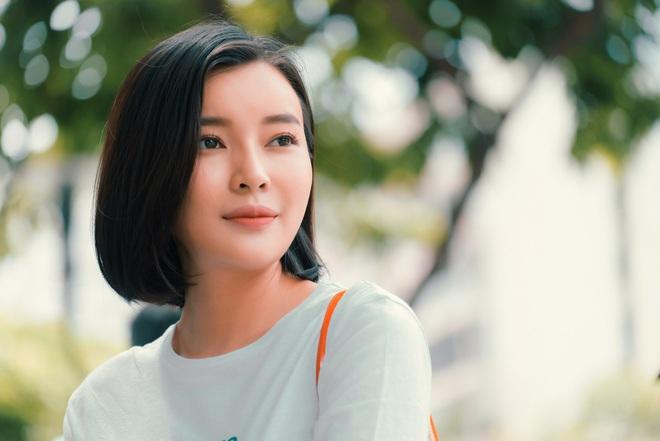 Cao Thái Hà: Tôi đã tự tử bằng cách đâm đầu vào tường, bỏ nhà đi bụi để cha mẹ không li dị - Ảnh 5.