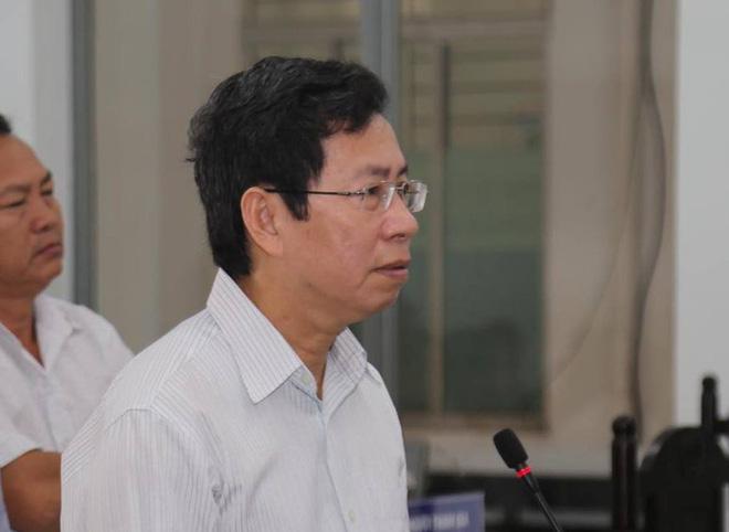 Phó chủ tịch TP Nha Trang bị phạt 9 tháng tù - Ảnh 2.