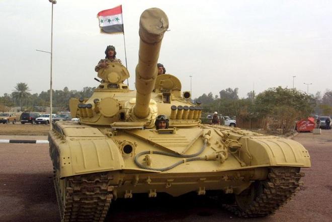 Phiến quân đánh rát, lính Syria bỏ cả chiến tăng T-72 để tháo chạy - Ảnh 23.