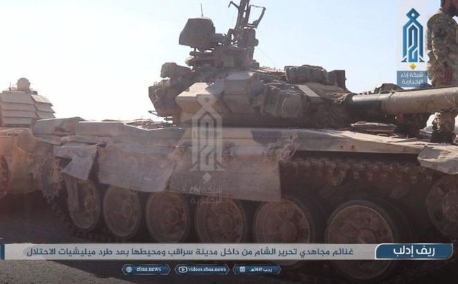"""Phiến quân do Thổ Nhĩ Kỳ hậu thuẫn """"tóm sống"""" loạt xe tăng T-90A, T-72, T-55 của QĐ Syria"""