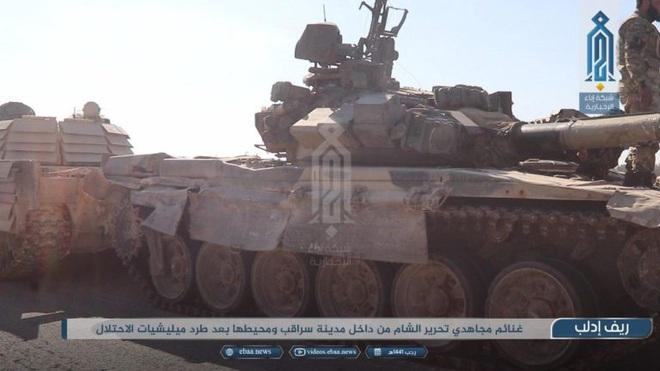 Phiến quân do Thổ Nhĩ Kỳ hậu thuẫn tóm sống loạt xe tăng T-90A, T-72, T-55 của QĐ Syria - Ảnh 1.