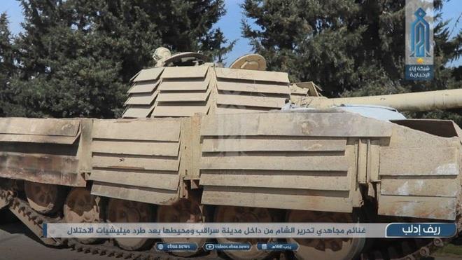 Phiến quân do Thổ Nhĩ Kỳ hậu thuẫn tóm sống loạt xe tăng T-90A, T-72, T-55 của QĐ Syria - Ảnh 2.