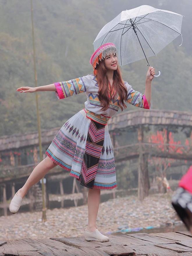 Chân dung nữ ca sĩ người Hàn Quốc gây bão vì khen ngợi bánh mì trên sóng VTV - Ảnh 16.