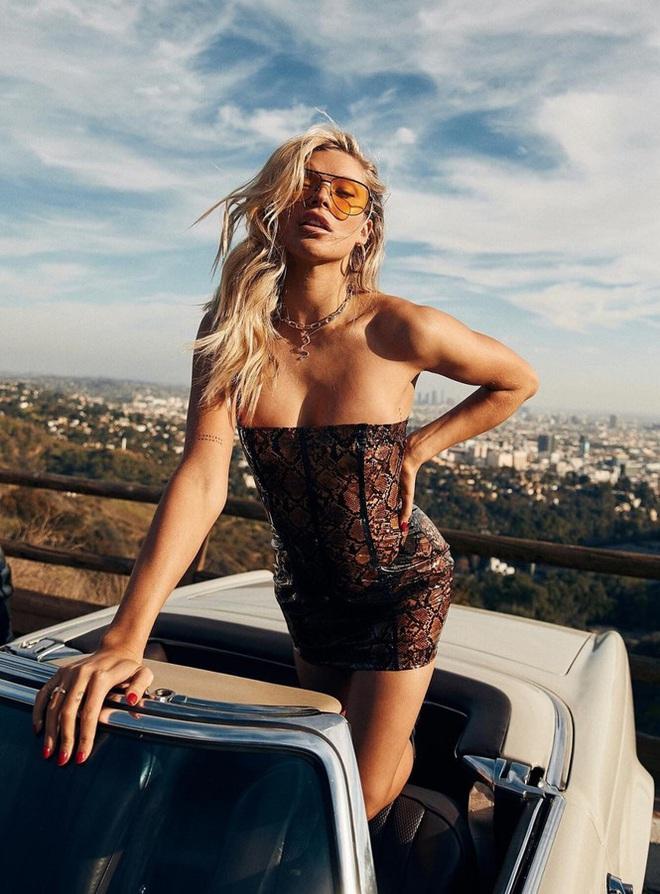 Vẻ sexy gây mê của siêu mẫu gốc Cuba nổi tiếng thế giới - Ảnh 1.