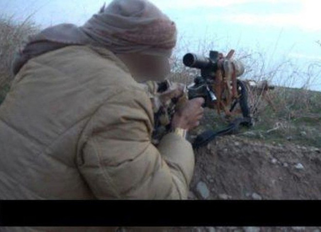 Do đâu mà khủng bố IS có siêu súng bắn tỉa của Nga? - Ảnh 2.