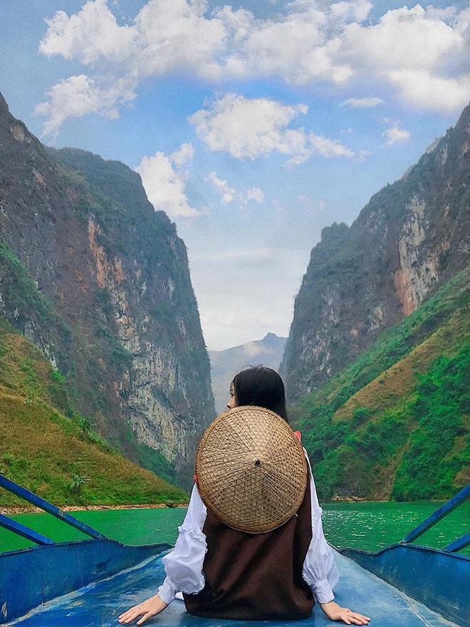 Đi Hà Giang, cô gái được mẹ chụp cho loạt ảnh nghìn like: Câu chuyện phía sau khiến tất cả thích thú - Ảnh 5.