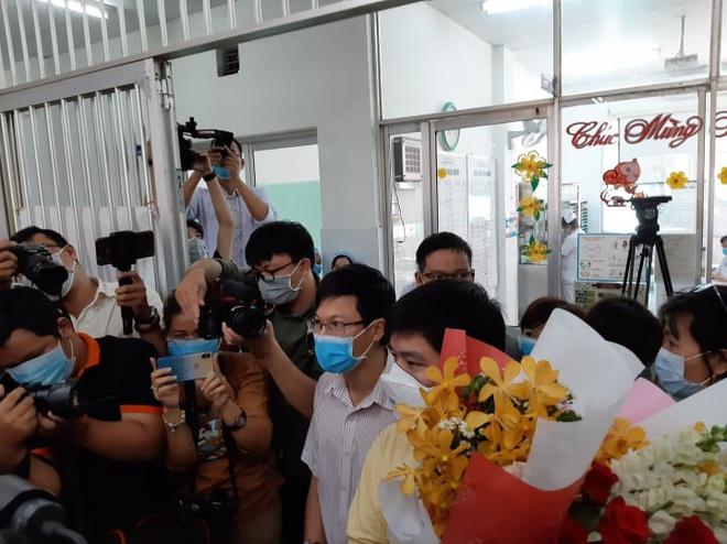 Nam bệnh nhân người Trung Quốc nhiễm virus corona ở TP HCM được xuất viện - Ảnh 1.