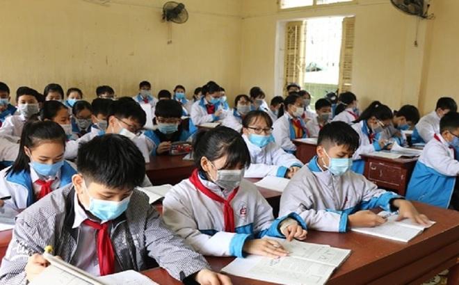 Phòng chống dịch Corona: Theo dõi sát sao sức khỏe 38 học sinh Vĩnh Phúc ho, sốt, khó thở
