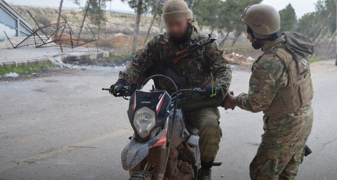Chiến sự Syria: Giữa lúc Idlib nguy ngập, tại sao phiến quân lại phản công ở Aleppo? - Ảnh 12.