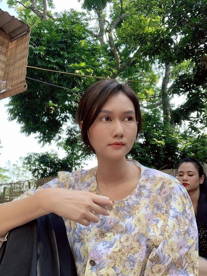 Bị đồng nghiệp mỉa mai phẫu thuật chưa lành đã đóng phim, Hương Giang lên tiếng - Ảnh 3.