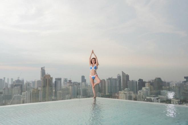 Hoa hậu châu Á gợi cảm nức tiếng: Bị chồng ruồng bỏ vì ngoại tình, U60 vẫn khoe hình thể - Ảnh 12.