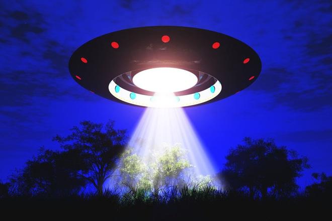 Anh sắp công bố tài liệu tuyệt mật về UFO: Người ngoài hành tinh là có thật? - Ảnh 1.