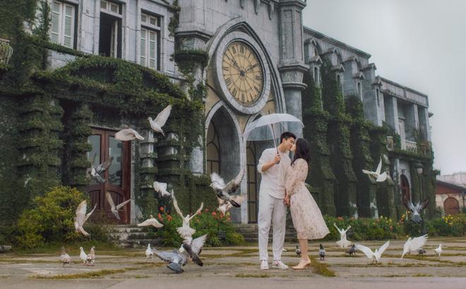 Duy Mạnh tung bộ ảnh cưới mới, lãng mạn, tình tứ bên Quỳnh Anh