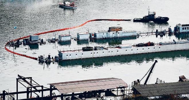 Tiết lộ sốc về vụ cháy tàu sân bay Đô đốc Kuznetsov của Nga: Thảm họa thật sự? - Ảnh 4.