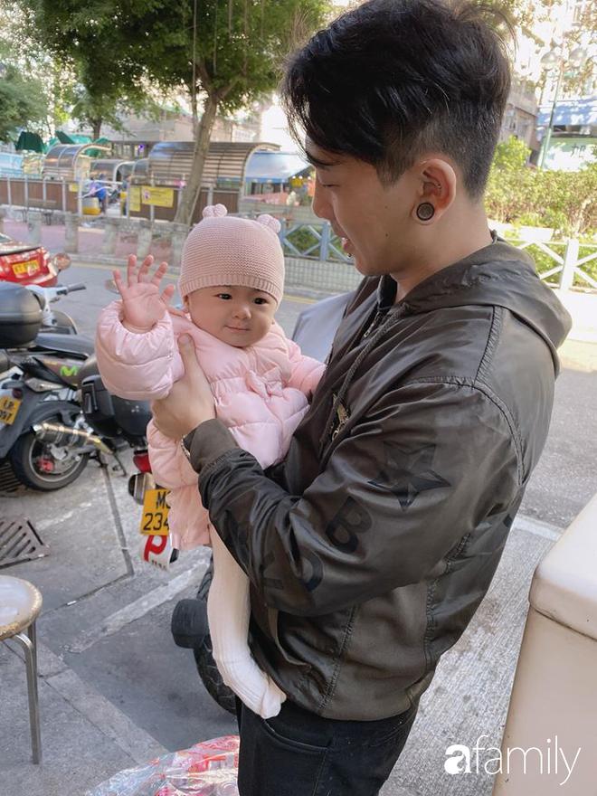 Nỗi khổ xa chồng bất đắc dĩ của cô vợ người Việt cùng 2 con nhỏ vì Corona, tiết lộ cuộc sống hiện tại của anh chồng một mình tại Hongkong - ảnh 7