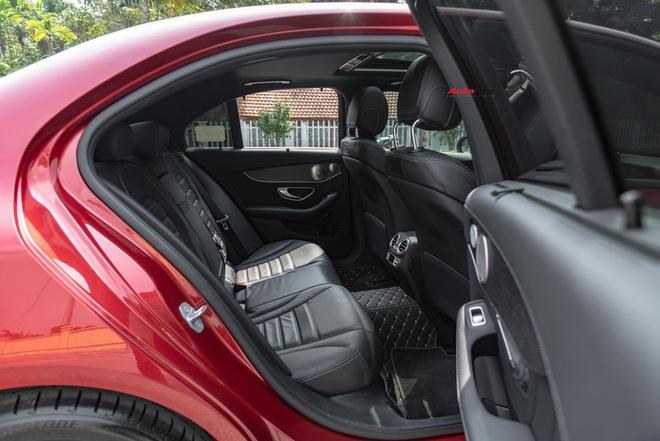 Chạy 7.000 km, đại gia Việt vẫn bán Mercedes-Benz C300 AMG ngang ngửa giá mua mới - Ảnh 5.