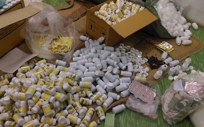 Hai lãnh đạo công ty dược cầm đầu đường dây làm thuốc giả ở Sài Gòn bị đề nghị truy tố