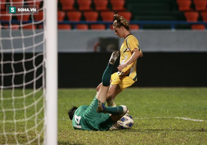 Rực sáng về tinh thần, Việt Nam có bàn thắng vàng trước Australia - Ảnh 3.