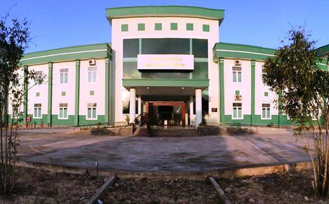 Quảng Nam: Hoãn kỳ thi tuyển công chức, phong tỏa khách sạn, thiết lập gấp khu cách ly đón người nghi nhiễm