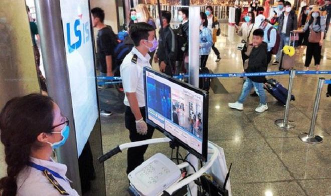 Giám đốc Sở Y tế Hà Nội nói gì về thông tin bỏ lọt giám định y tế bệnh nhân số 17? - Ảnh 2.