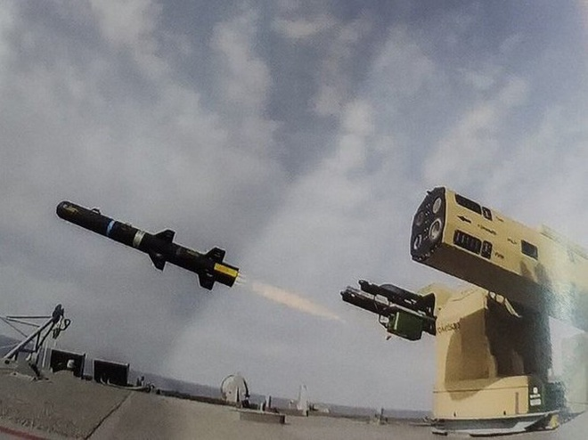 Tên lửa sát thủ L-UMTAS của Thổ Nhĩ Kỳ khiến hàng loạt khí tài Syria bốc cháy - Ảnh 9.
