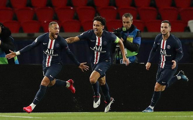 Neymar thoát