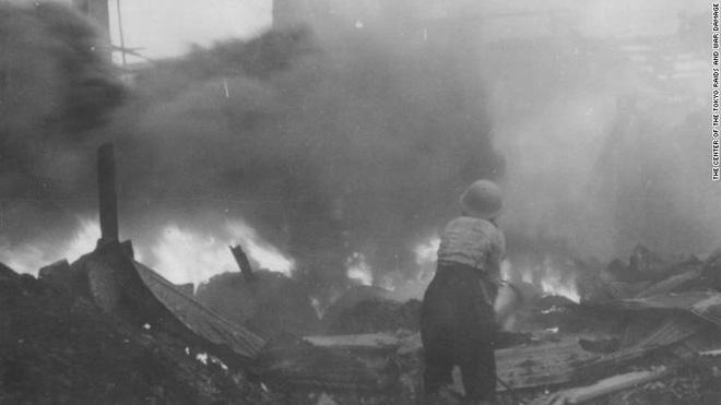 Trận không kích thiêu rụi Tokyo - Kỳ cuối: Hỏa ngục - Ảnh 1.
