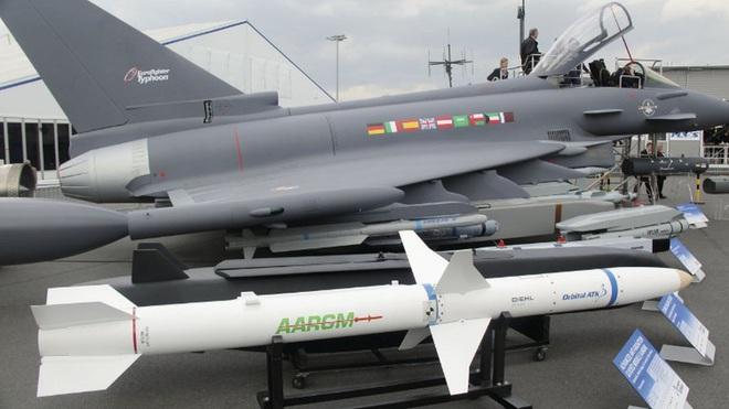 [ẢNH] Cuồng phong Châu Âu EF-2000 được trang bị thêm tên lửa sát thủ diệt radar - Ảnh 1.