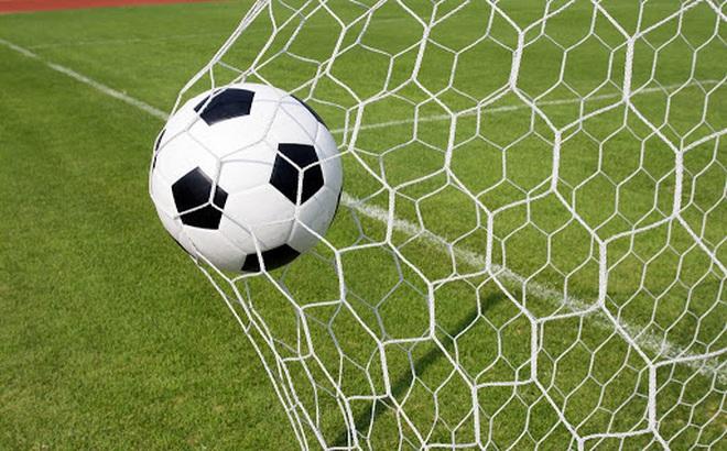 Bị xử thua kiện và phải bồi thường, xưởng sản xuất bóng đá không ngờ trong họa gặp được phúc lớn