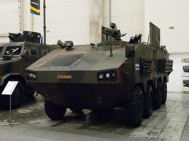 [ẢNH] Rũ bỏ thiết kế truyền thống Liên Xô, Ukraine ra mắt xe bọc thép chuẩn NATO - Ảnh 6.