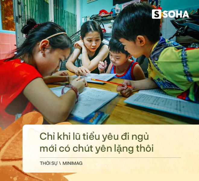 Gia đình sinh 5 đầu tiên ở Việt Nam quay cuồng với dịch COVID-19, nhưng luôn ngập tiếng cười - Ảnh 3.