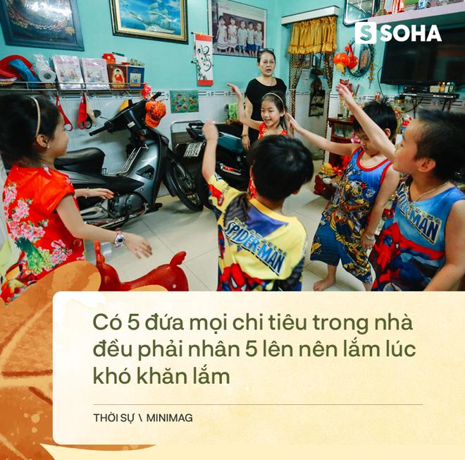 Gia đình sinh 5 đầu tiên ở Việt Nam quay cuồng với dịch COVID-19, nhưng luôn ngập tiếng cười - Ảnh 12.