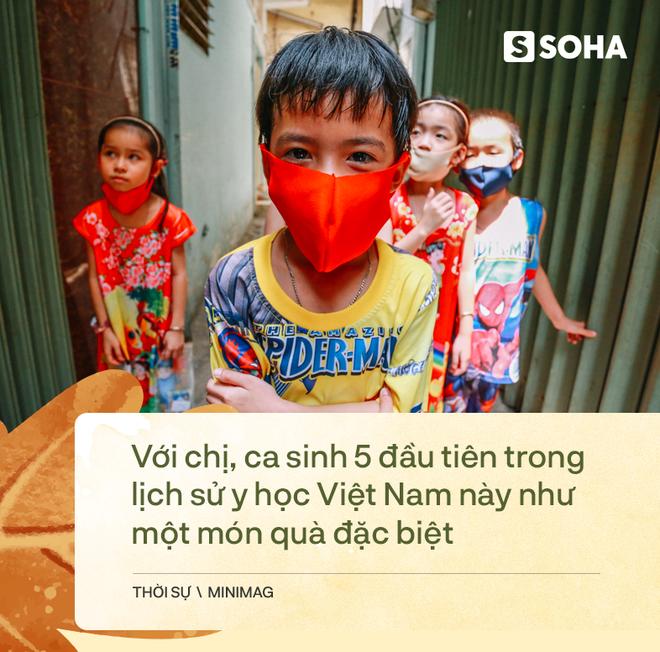 Gia đình sinh 5 đầu tiên ở Việt Nam quay cuồng với dịch COVID-19, nhưng luôn ngập tiếng cười - Ảnh 21.