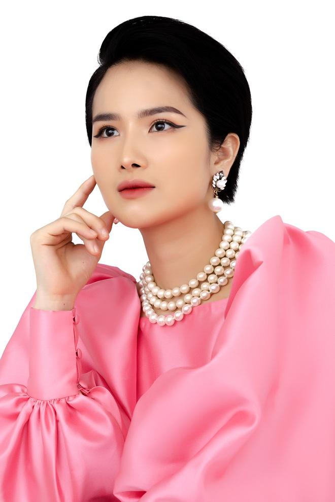 Người đẹp Cao Thùy Dương bất ngờ tái xuất sau 5 năm ở ẩn - Ảnh 7.