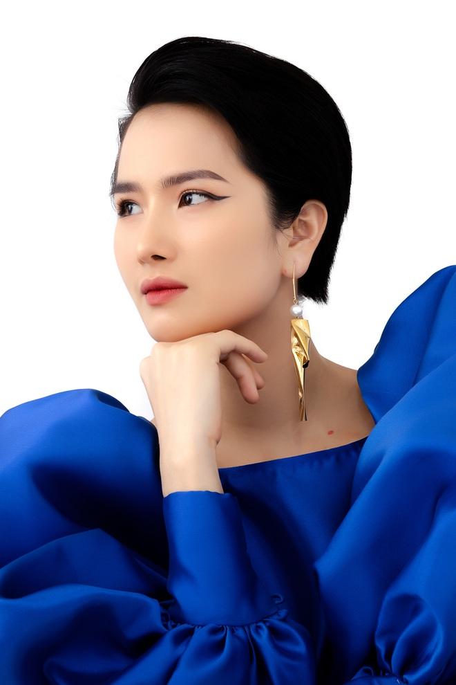 Người đẹp Cao Thùy Dương bất ngờ tái xuất sau 5 năm ở ẩn - Ảnh 10.