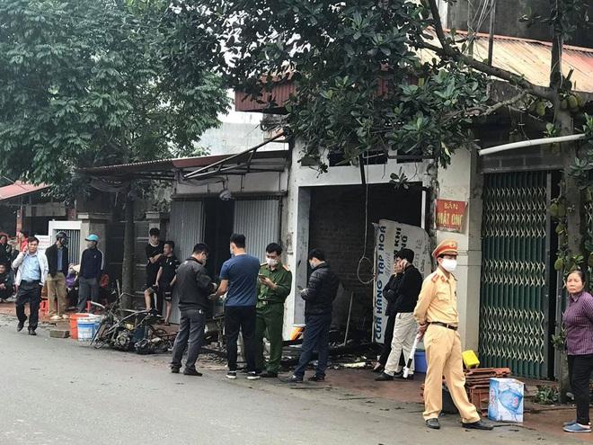 Hưng Yên: Cháy nhà lúc nửa đêm khiến 3 người trong gia đình tử vong - Ảnh 1.