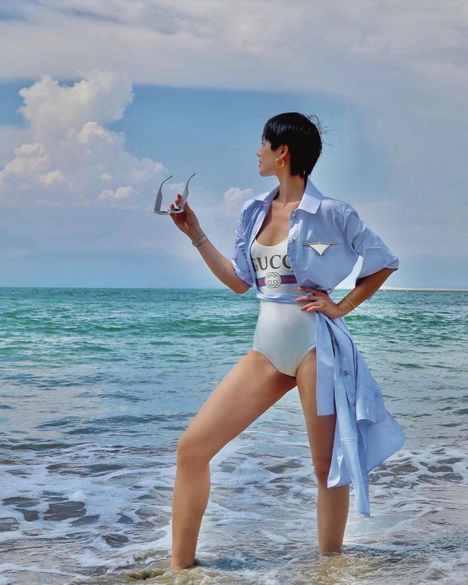 Loạt ảnh mặc bikini nóng bỏng của bản sao Tâm Tít - Ảnh 13.