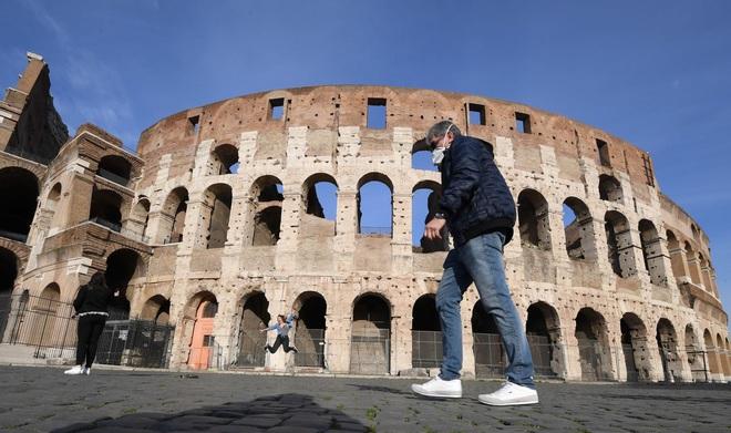 Dịch COVID-19: Anh ghi nhận ca tử vong thứ 53, Italy vượt quá 2.150 - Ảnh 2.