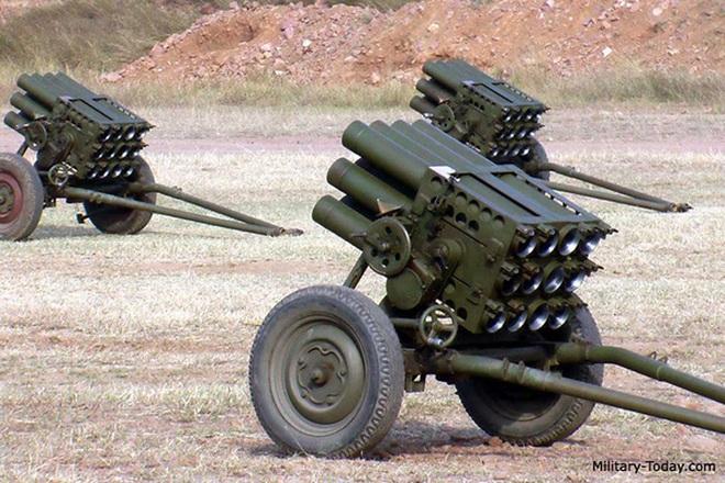 [ẢNH] Phiến quân ngụy trang trận địa pháo phóng loạt siêu dị khiến lính Mỹ không kịp trở tay - Ảnh 5.