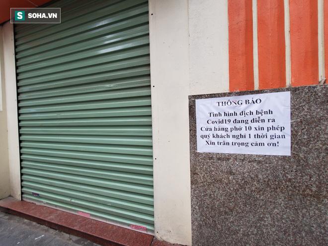 """""""Căng mình"""" chống đỡ Covid-19 không thành, hàng loạt văn phòng tour ở Hà Nội đóng cửa - Ảnh 11."""