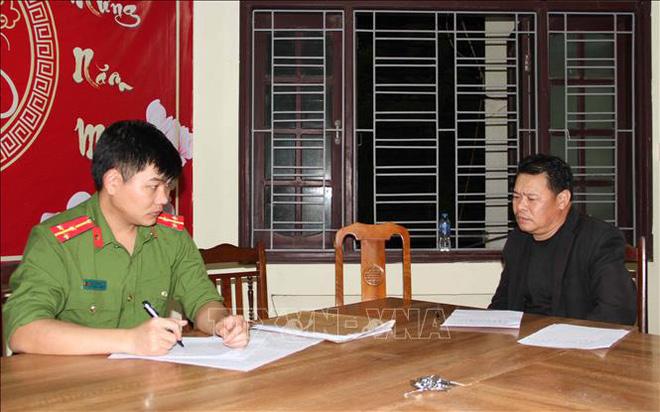 Bắt giữ 2 nghi can phóng hỏa làm 3 người chết ở Khoái Châu, Hưng Yên - Ảnh 1.