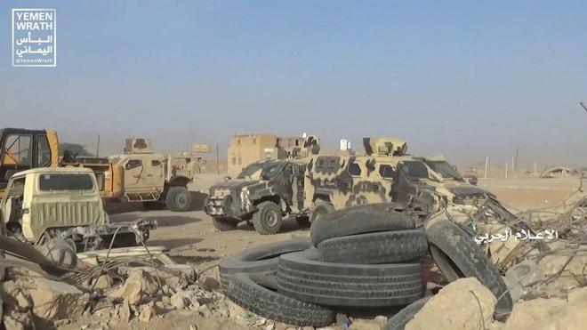 Mỹ khiêu khích trắng trợn, Nga ra tối hậu thư, cấp tốc gửi thêm quân: Chiến sự Syria cực kỳ căng thẳng - Ảnh 3.