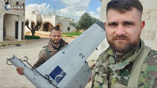 Mỹ khiêu khích trắng trợn, Nga ra tối hậu thư cấp tốc gửi thêm quân: Chiến sự Syria cực kỳ căng thẳng - Ảnh 1.