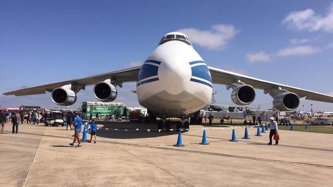 [ẢNH] Chương trình nâng cấp siêu vận tải cơ An-124 của Nga gặp khó - Ảnh 1.
